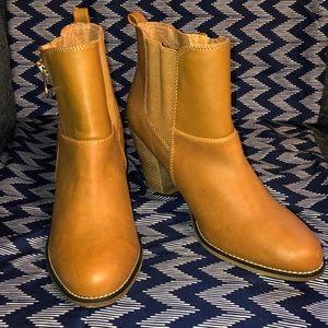 Aldo ankle heeled boot